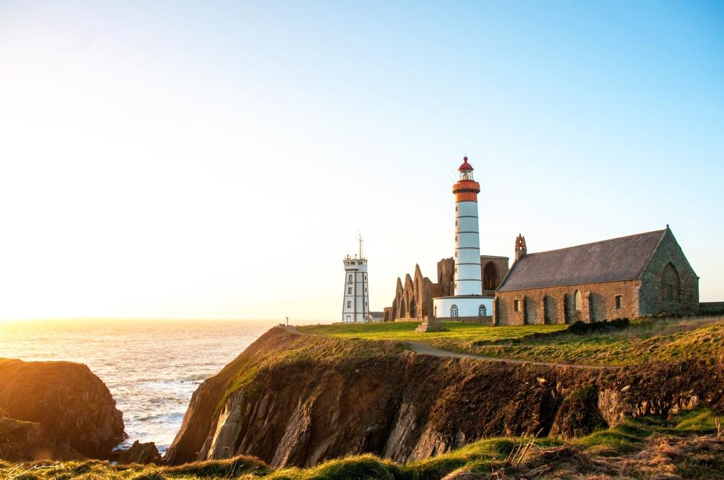 Lighthouse Rachel Omnes